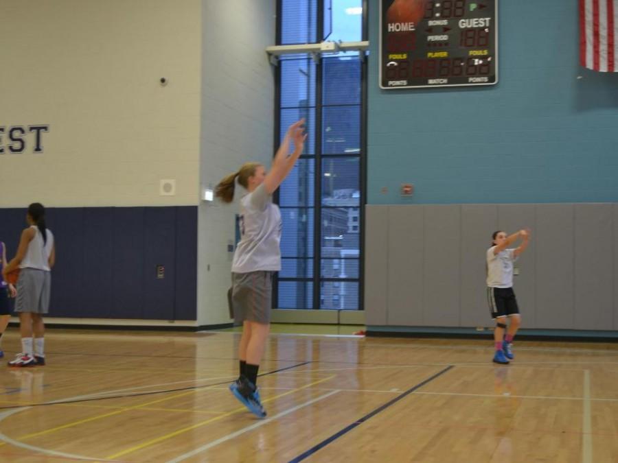 Sophie Brooks '16 Practicing her jump shot