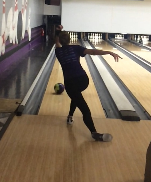 Julie Lohman practicing at Diversey River Bowl. They are her favorite lanes in Chicago.