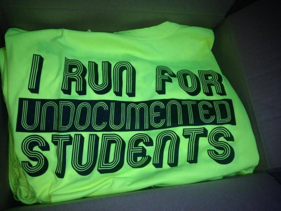 Tinajero%27s+group+runs+the+marathon+every+year+to+raise+funds+for+undocumented+students.+