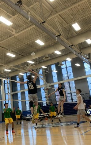 Boys volleyball crushes Carver on Senior Night